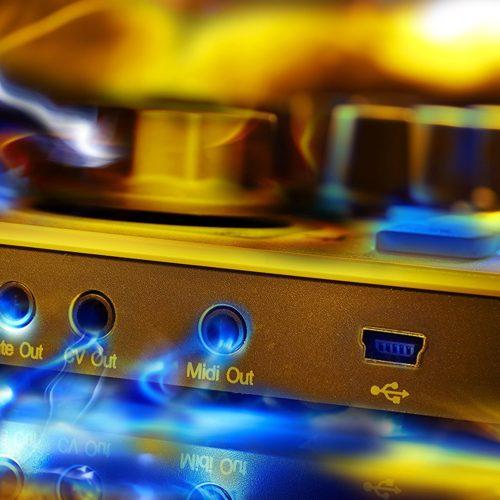 Arturia Beatstep Test MIDI-Controller USB Groovebox