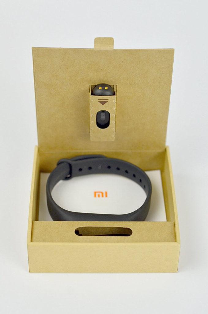 Das Xiaomi Mi Fitness Armband in seiner Verpackung