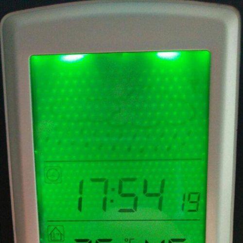 Das Display der Elegiant Wetterstation im Test