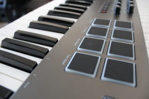 Das Nektar Keyboard ist auch mit Drum-Pads ausgestattet.