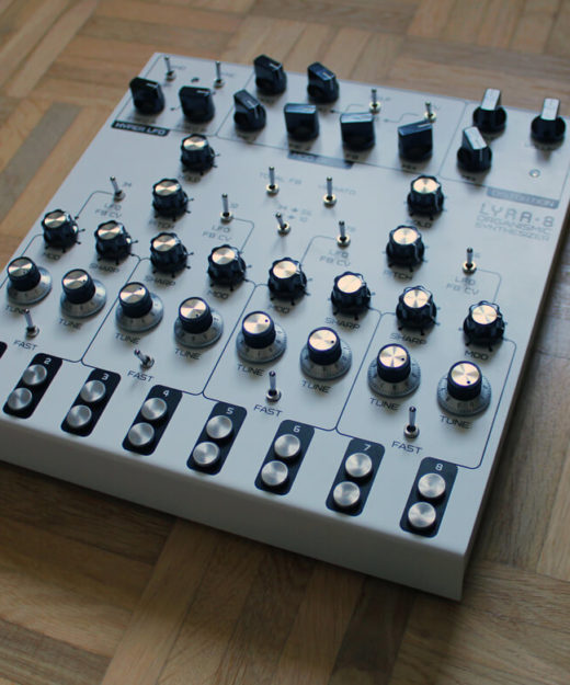 SOMA Lyra-8 Analoger Synthesizer
