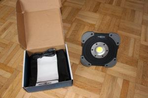Der Ansmann LED Baustrahler ist sofort einsatzbereit.