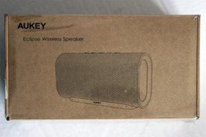 Der Aukey Eclipse Bluetooth Lautsprecher kommt schlicht und umweltschonend verpackt.