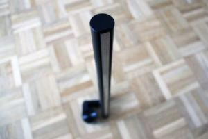 Die BenQ ScreenBar E-Reading-LED-Task-Lampe steht auch von selbst.