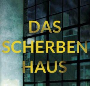 """Das """"Scherbenhaus"""" im Hintergrund, eigentlich ein luxuriöses Hochhaus."""
